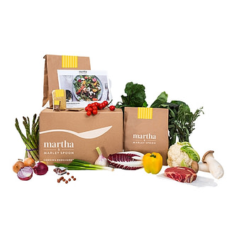 Martha & Marly Spoon meal kit company that delivers fresh and crisp ingredients